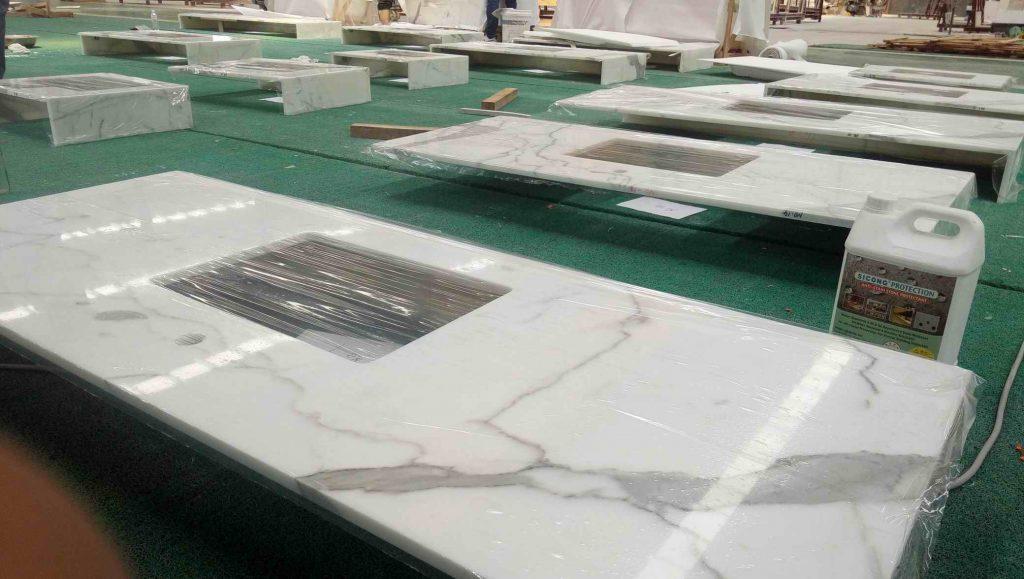 calacatta marble countertop
